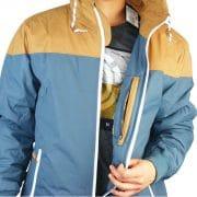 viel Platz in der Jacke durch zwei Seitentaschen und einer geschützten Innentasche