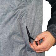 verschließbare Seitentaschen über Zipper