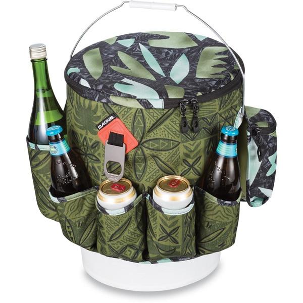 Acht isolierte Steckfächer für Flaschen und Dosen