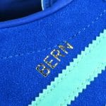 """Schriftzug """"Bern"""" in gold"""