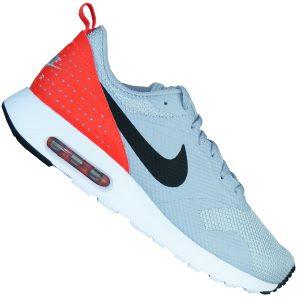 Nike Herren Air Max Tavas Running Sneaker