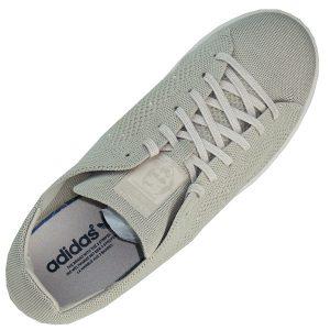 adidas Primeknit Obermaterial umschließt den Fuß passgenau und sorgt so für Halt und ultraleichten Komfort