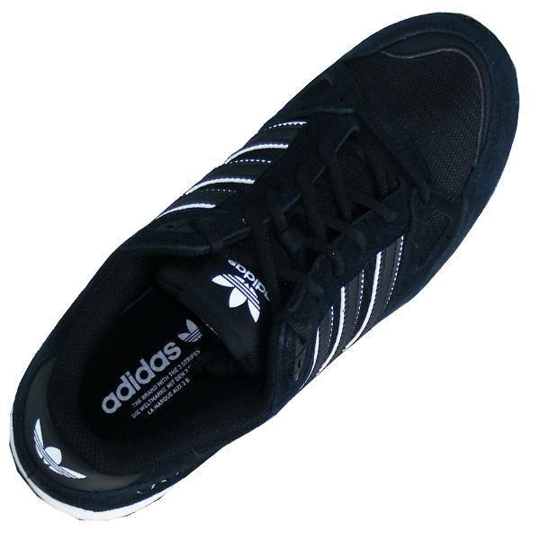 341033e0ec9d9a Adidas ZX 750 Retro Running Herren Originals Laufschuhe · Oberschuh mit  atmungsaktiven Mesh Obermaterial