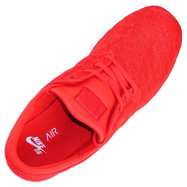 roter Nike SB Stefan Janoski For Daily Use Textilsticker auf der Zunge