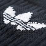 Optik im sportlichen 3 Streifen Design schwarz und weiß