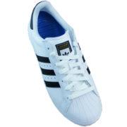 Farbe: footwear white core black