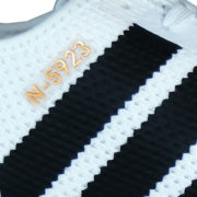 Farbe: foot white core black grey one