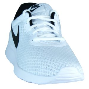 hochgezogene Schuhsohle im Zehenbereich