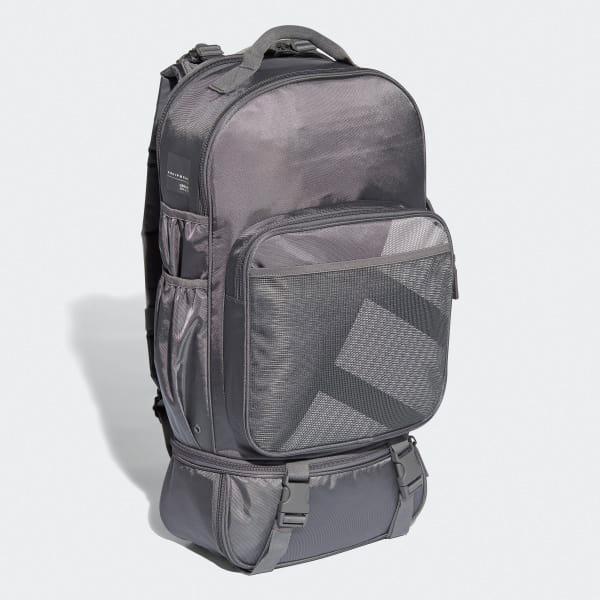 Regenschutz in verdeckter Tasche mit Klettverschluss