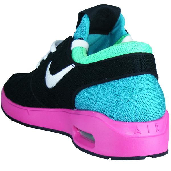 sports shoes 5dbed 61f1d Die durchgehende IP-Schaumstoff-Mittelsohle sorgt für erstklassigen  Tragekomfort und Dämpfung.