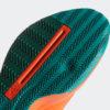 verbesserte seitliche Stabilität bei schnellen Richtungswechseln durch zwei aufgeteilte Gummibereiche mit großen und kleinen versetzten Lamellen