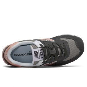 ergonomisches geformtes angepasstes weiches Fußbett