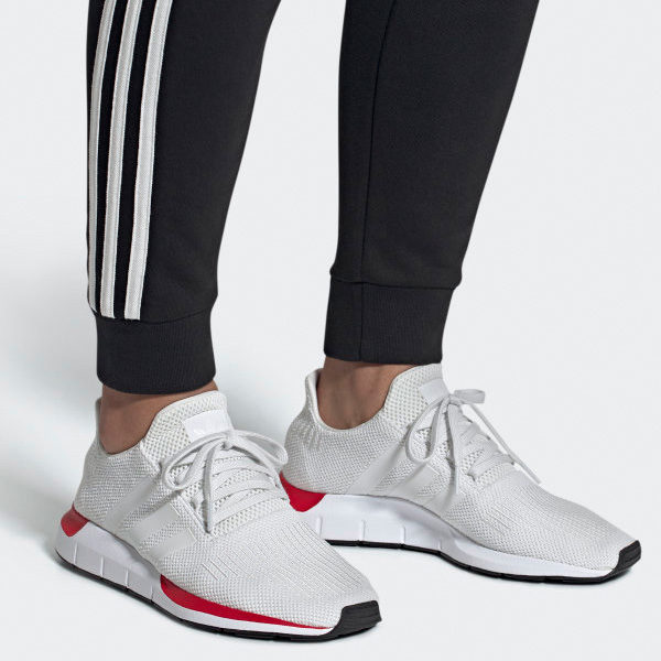 Adidas Swift Run Originals Damen Lifestyle Laufschuhe weiß