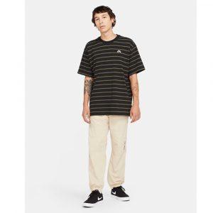 Nike SB T- Shirt mit Streifen Herren